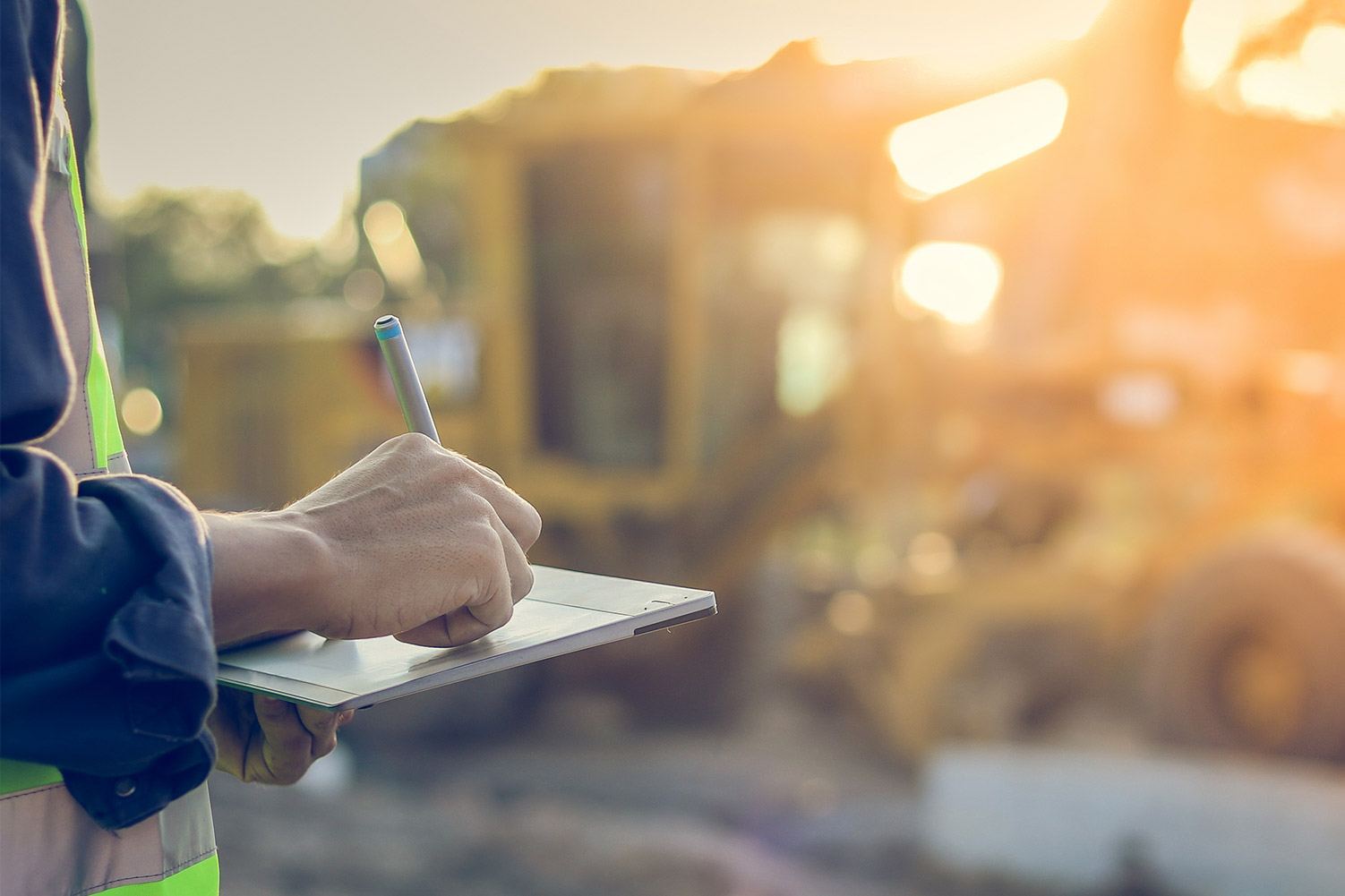 The Importance of Certificate of Insurance Tracking in Construction